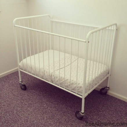Cot with wheels