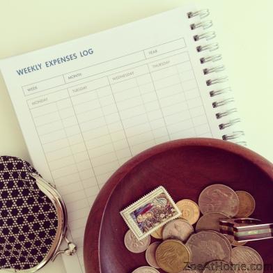 Using a home budget book ZoeAtHome.com