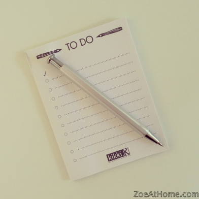 Organised habit: writing listsZoeAtHome.com