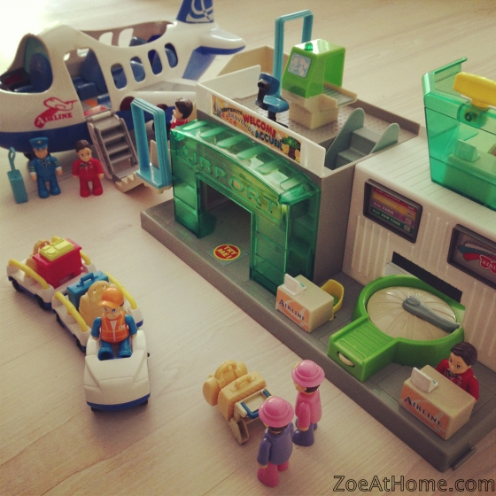 Kids and minimalism: a trip to the Toy Library